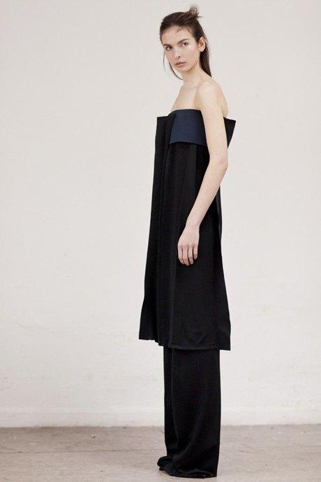 Thomas Tait:  Объемная одежда архитектурных форм. Изображение № 3.