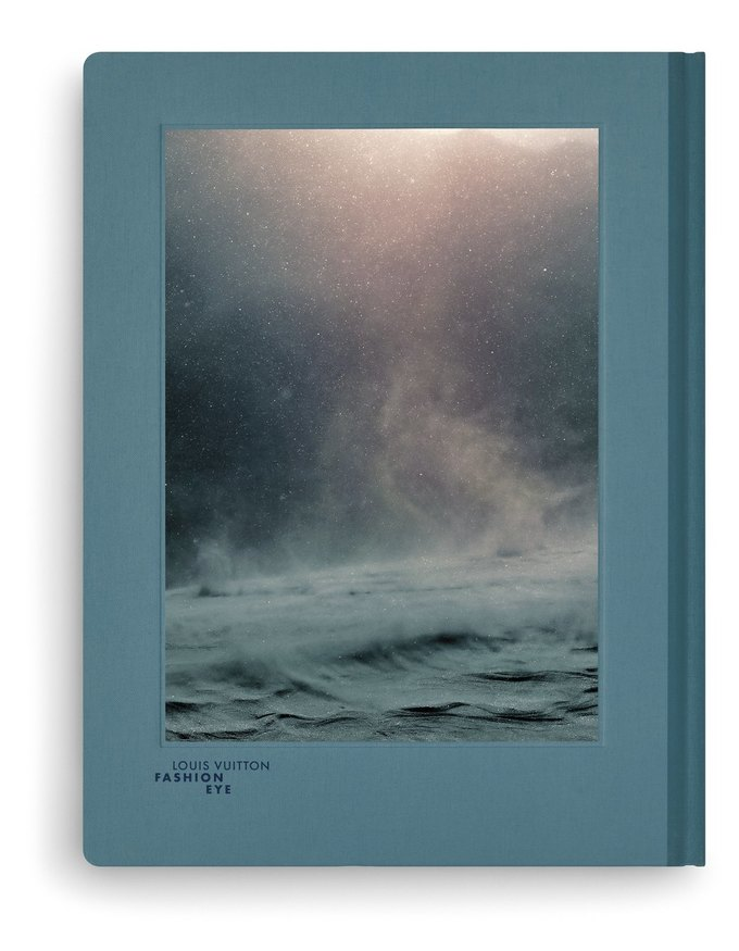 Louis Vuitton выпустили серию фотоальбомов  о путешествиях. Изображение № 8.