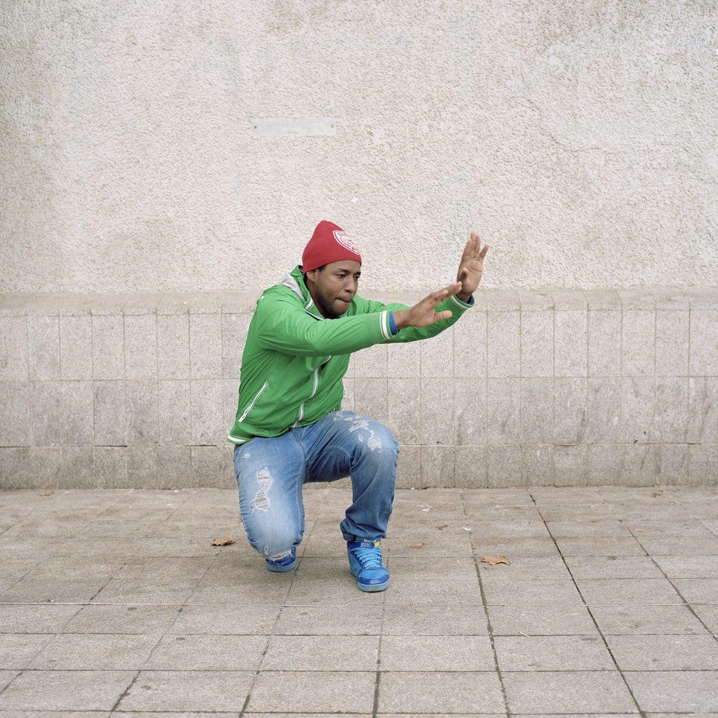 «Кордебалет»:  Уборщики или звезды  современного танца?. Изображение № 1.