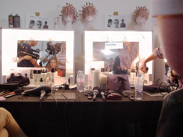 London Fashion Week: Репортаж с бэкстейджей House of Holland и Vivienne Westwood. Изображение № 5.