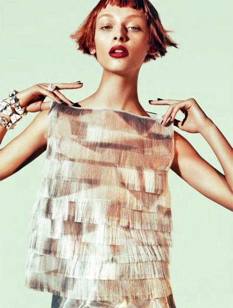 Съёмка в немецком Vogue, январь 2012. Изображение № 63.