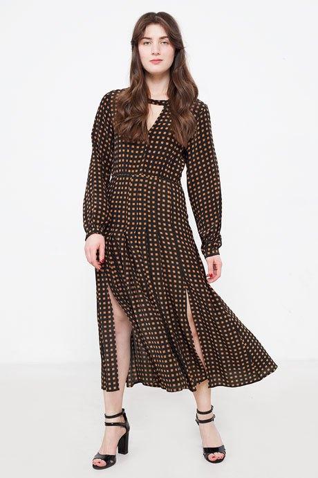 Редактор моды Harper's Bazaar Катя Табакова  о любимых нарядах. Изображение № 12.