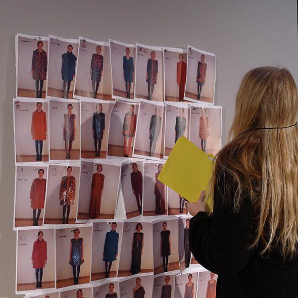 Изображение 44. Milan Fashion Week: бэкстейдж Alberta Ferretti.. Изображение № 48.