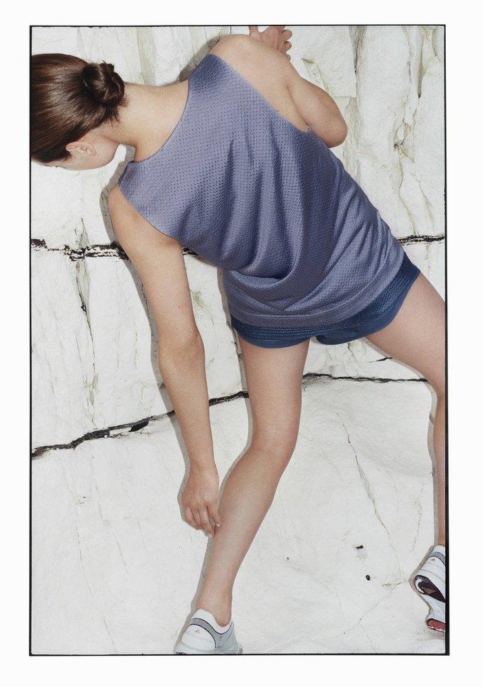 Cтелла Маккартни показала новую коллекцию для adidas. Изображение № 15.
