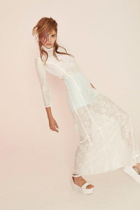 От платья-торта до джинсов: Как менялась свадебная мода. Изображение № 12.