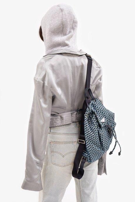 Cтарший редактор моды Glamour Иляна Эрднеева о любимых нарядах. Изображение № 20.