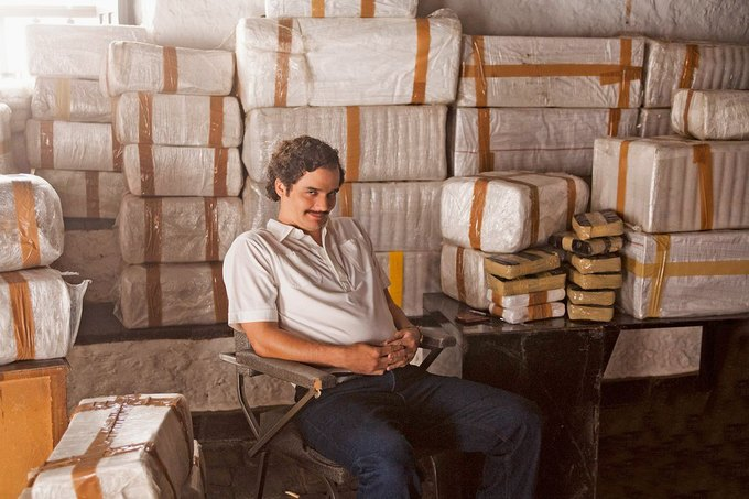 «Narcos»: Сериал  о наркокартеле и борьбе плохих с плохими. Изображение № 8.
