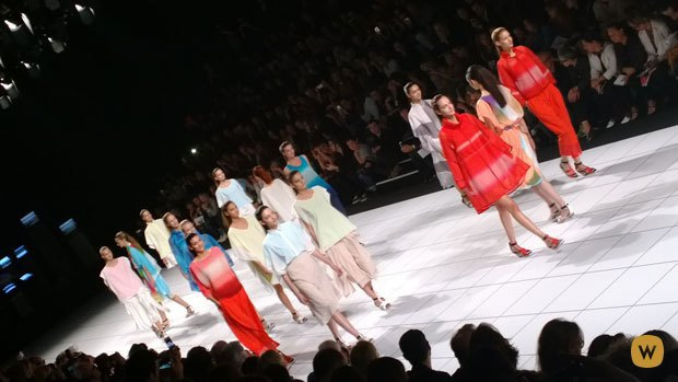 Прямой репортаж  с Paris Fashion Week:  День 4. Изображение № 39.