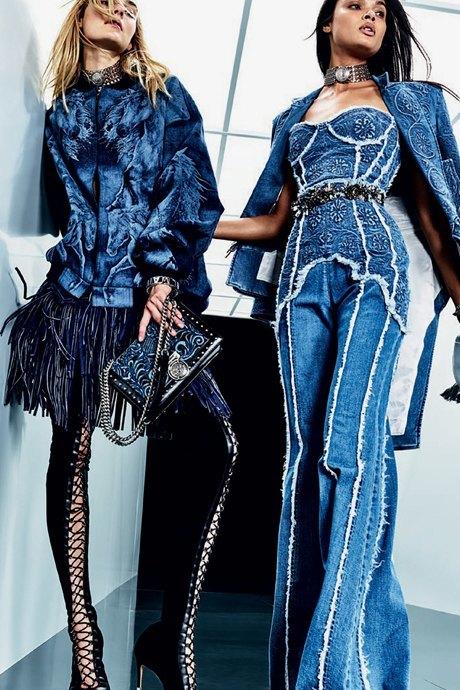 Как одеться в стиле 2000-х: 10 актуальных образов . Изображение № 12.