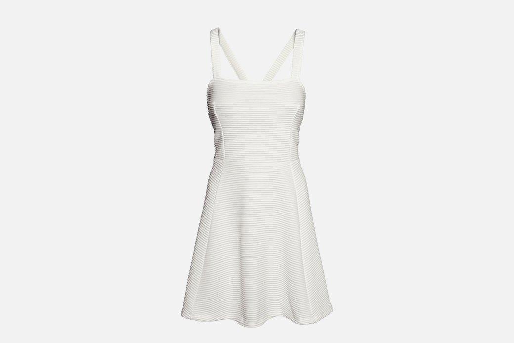 10 платьев А-силуэта  в онлайн-магазинах. Изображение № 4.