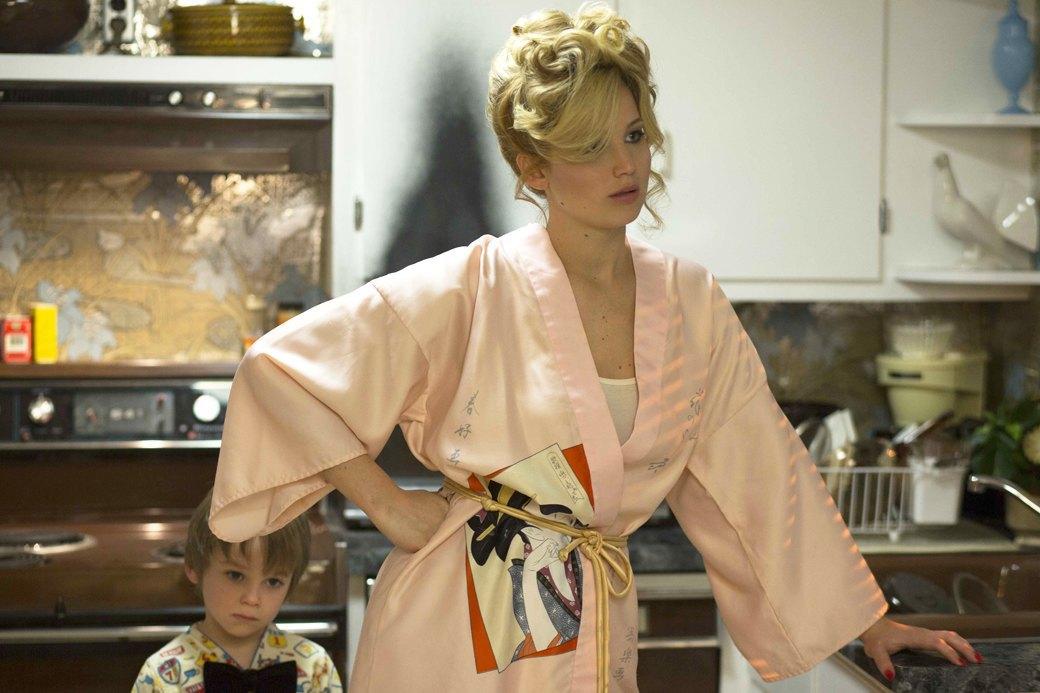 Джен Ло в «Джой»: Путь к «Оскару»  со шваброй наперевес. Изображение № 1.