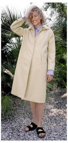 Агнесс Дейн представила дебютную коллекцию своего бренда Title A. Изображение № 6.