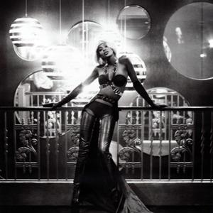 Парижская неделя моды: Показы Chanel, Valentino, Alexander McQueen и Paco Rabanne. Изображение № 50.