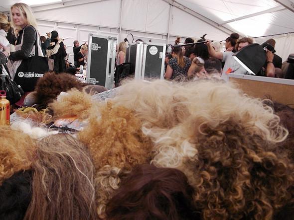 London Fashion Week: Репортаж с бэкстейджей House of Holland и Vivienne Westwood. Изображение № 15.