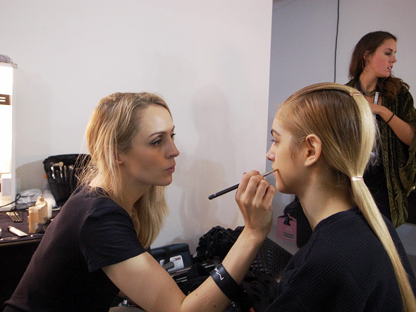 London Fashion Week: Репортаж с бэкстейджей House of Holland и Vivienne Westwood. Изображение № 1.
