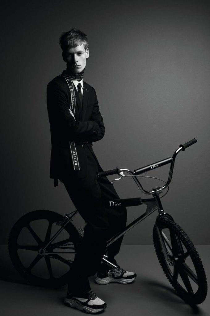 Dior выпустили роскошный велосипед BMX. Изображение № 1.