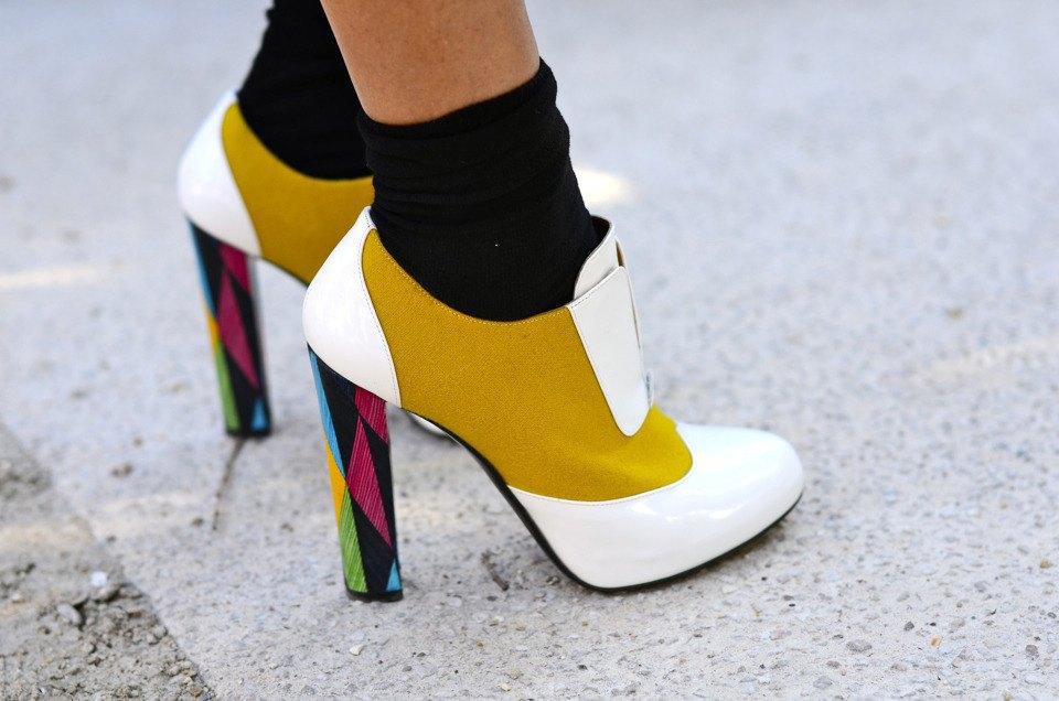 Парень в камуфляже, девушка-Микки-Маус и другие гости Paris Fashion Week. Изображение № 8.