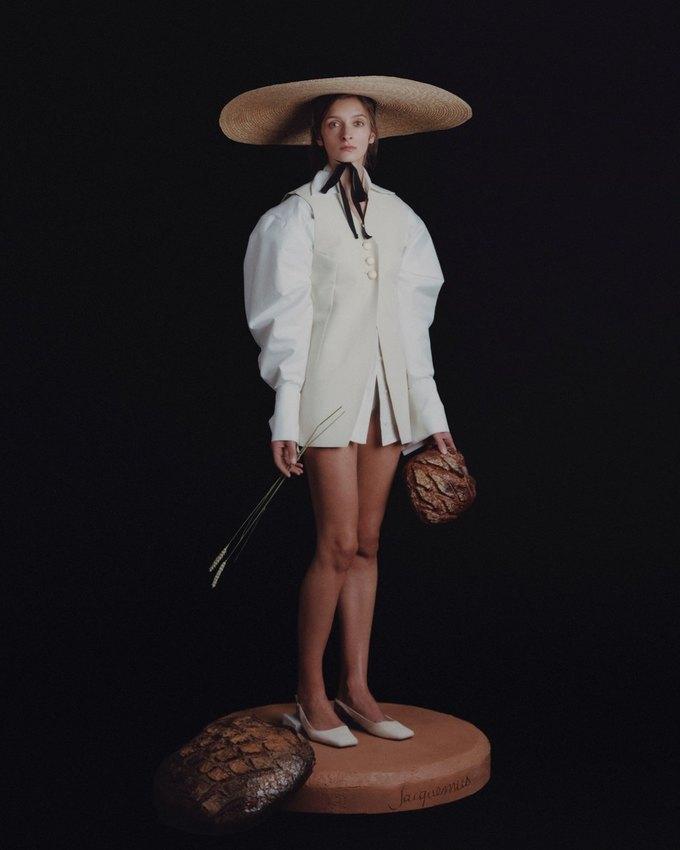 Jacquemus посвятили кампанию традиционной скульптуре Прованса. Изображение № 1.