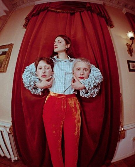 Съёмка Юлдус Бахтиозиной для Naya Rea по мотивам пьесы «Три сестры». Изображение № 17.