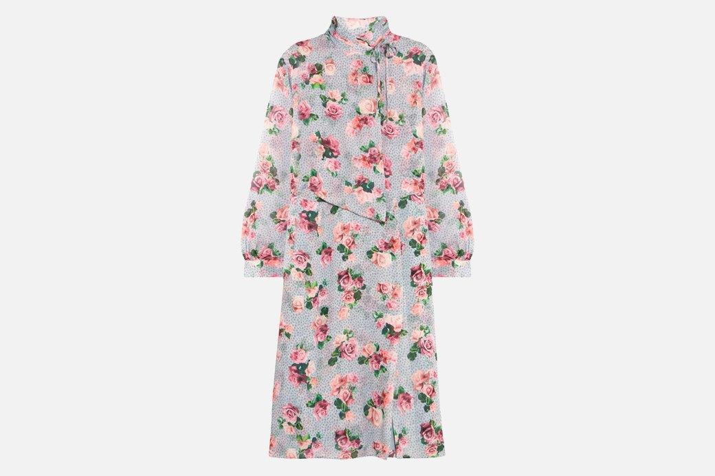 С подиума в руки: Нежное платье Topshop Unique. Изображение № 1.