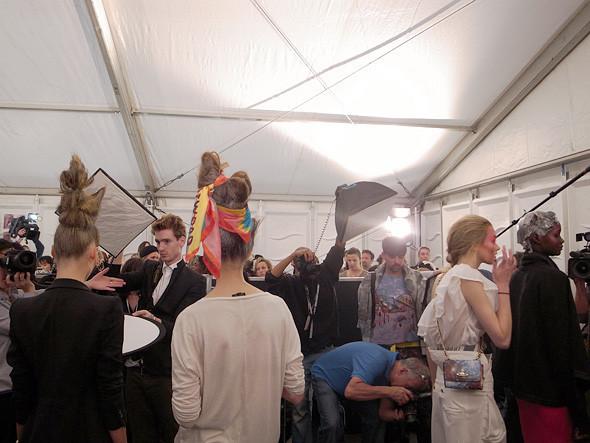 London Fashion Week: Репортаж с бэкстейджей House of Holland и Vivienne Westwood. Изображение № 23.