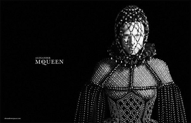 Alexander McQueen FW 2013. Изображение № 1.