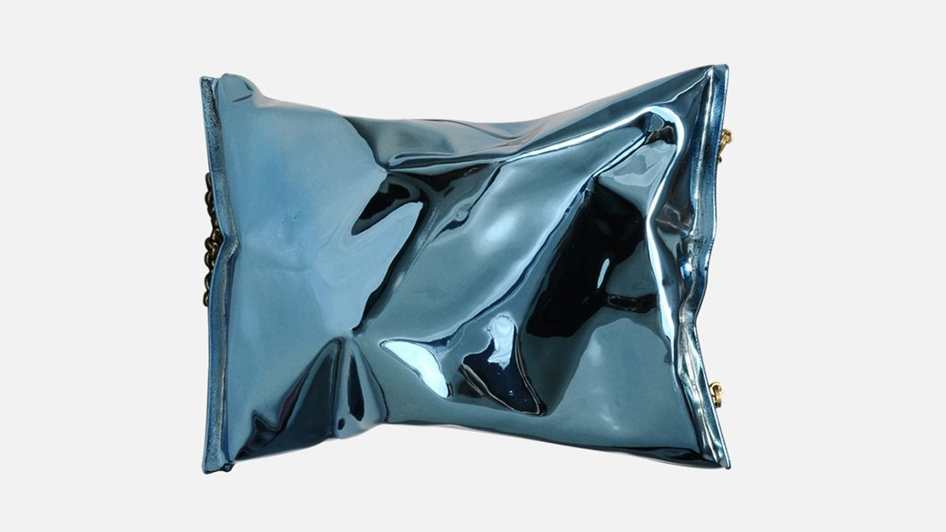 10 красивых сумок  себе и в подарок. Изображение № 1.