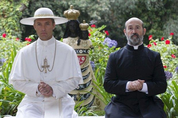 «Молодой папа»: Сериал Соррентино cДжудом Лоу обинтригах вВатикане. Изображение № 2.