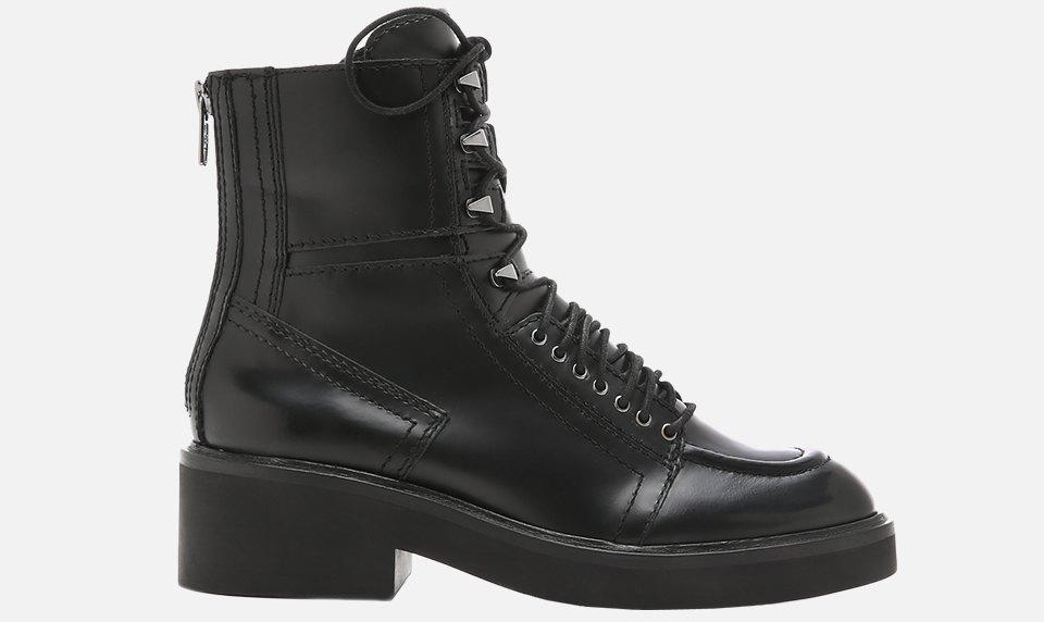Что носить осенью:  10 пар высоких ботинок  на шнуровке. Изображение № 10.