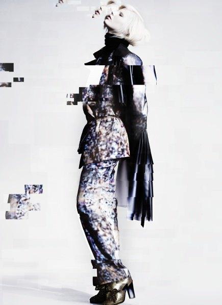 Пальто с графическими принтами в лукбуке Minimarket . Изображение № 6.