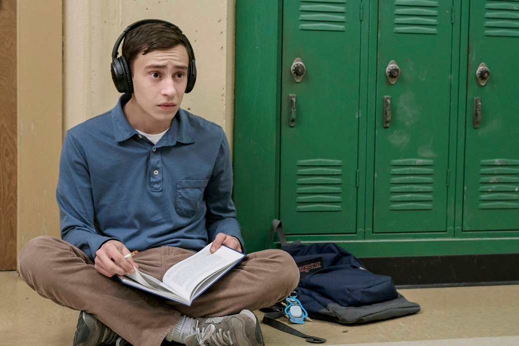 Антрополог на Марсе: Психолог разбирает сериал «Atypical» о подростке