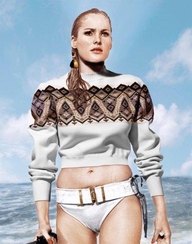 Урсула Андресс в «Докторе Ноу». На ней свитер и сережки Louis Vuitton. Изображение № 9.