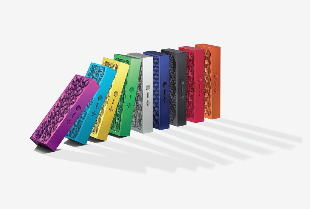 Разноцветные портативные колонки Jambox. Изображение № 1.