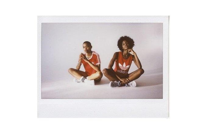 Петра Коллинз сняла рекламную кампанию adidas Originals x Urban Outfitters. Изображение № 11.