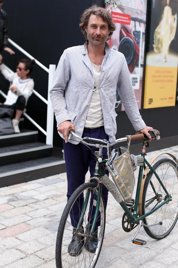 Streetstyle: Неделя моды в Лондоне, часть 1. Изображение № 51.