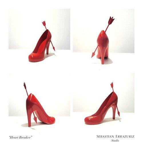 Художник создал серию обуви, вдохновленную экс-подругами. Изображение № 3.