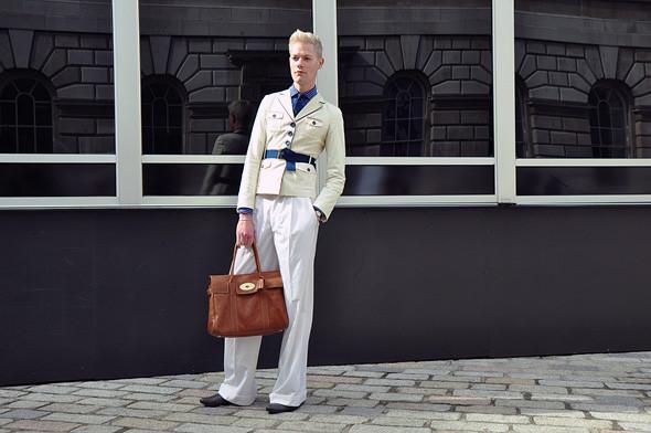 London Fashion Week: Уличный стиль, часть 3. Изображение № 24.
