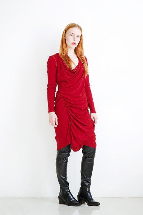 Стилист Лиза Останина о любимых нарядах. Изображение № 31.