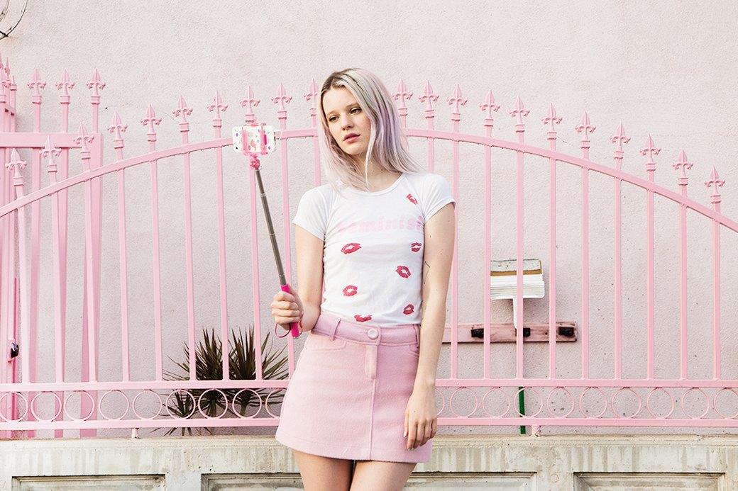 Me and You: Веселое феминистское белье  и базовая одежда . Изображение № 2.