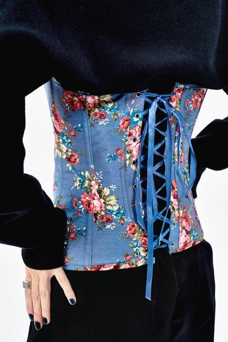 Стилист Оксана Маркина о любимых нарядах. Изображение № 14.