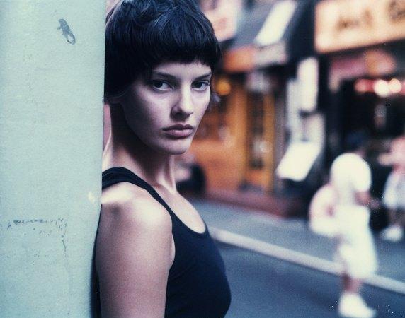 Аманда Мёрфи,  модель, открывшая  и закрывшая Prada. Изображение № 9.