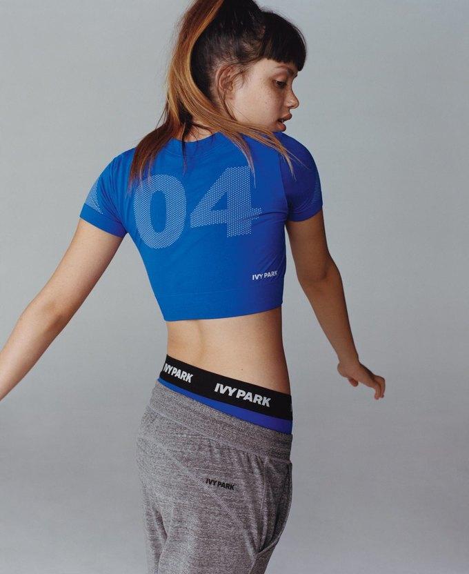 Вышел лукбук спортивного бренда Бейонсе Ivy Park. Изображение № 8.