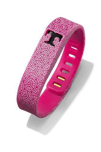 Тори Берч превратила трекеры Fitbit Flex  в изысканные украшения. Изображение № 5.