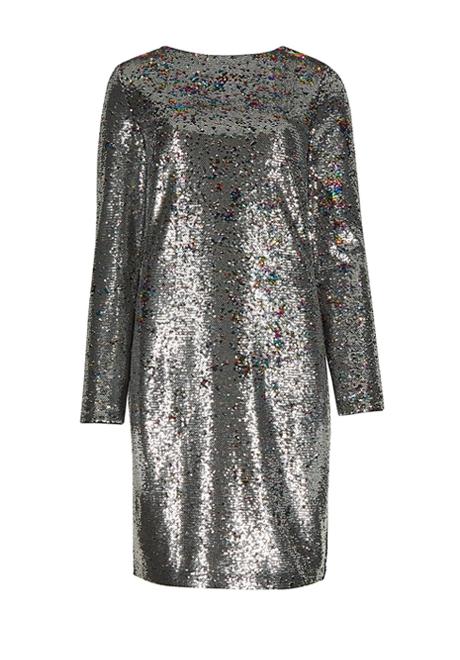 Воланы, бархат, блёстки: 20 красивых и недорогих платьев для Нового года. Изображение № 15.