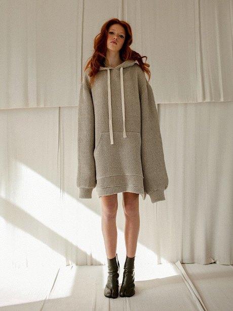 Одесская марка Jealousy: Огромные куртки, худи и платья . Изображение № 4.