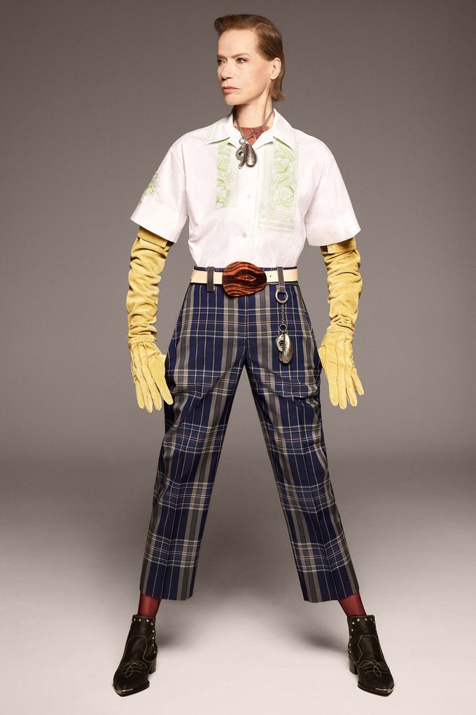 В лукбуке Acne Studios снялась 78-летняя супермодель Верушка. Изображение № 2.
