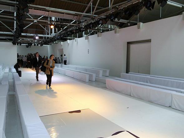 London Fashion Week: Репортаж с бэкстейджей House of Holland и Vivienne Westwood. Изображение № 13.