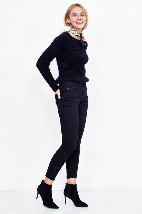 Совладелица спортклуба «Бобо» Ксения Тишкевич о любимых нарядах. Изображение № 20.