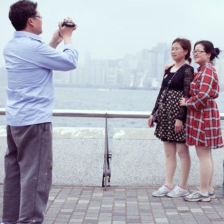 «Self Promenade»: Любители селфи в Гонконге. Изображение № 13.