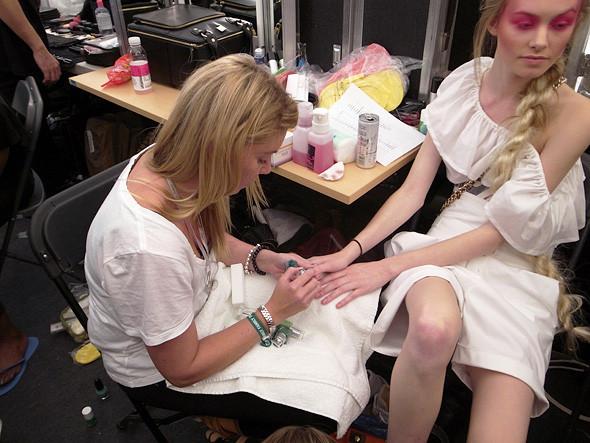 London Fashion Week: Репортаж с бэкстейджей House of Holland и Vivienne Westwood. Изображение № 32.